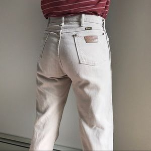 Wrangler | Vintage Tan High Waisted Jeans